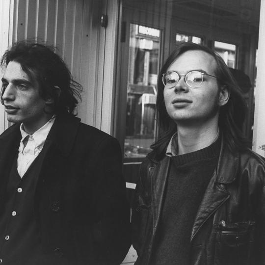 "1978: (L-R) Walter Becker and Donald Fagen of the rock and roll band ""Steely Dan"" pose for a portrait in 1978. (Photo by Michael Ochs Archives/Getty Images)"