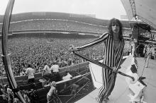 WASHINGTON DC, USA - 30th MAY: lead singer Steven Tyler of Aerosmith performs live on stage at RFK Stadium in Washington DC, USA on 30th May 1976. (Photo by Fin Costello/Redferns)