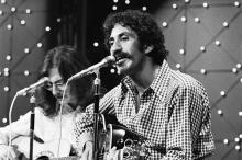 MIDNIGHT SPECIAL -- Episode 27 -- Aired 7/27/73 -- Pictured: (l-r) Maury Muehleisen and Jim Croce perform (Photo by Gary Null/NBCU Photo Bank/NBCUniversal via Getty Images via Getty Images)