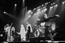 UNITED KINGDOM - JUNE 25: WEMBLEY ARENA Photo of FLEETWOOD MAC, L-R: Christine McVie, Stevie Nicks, Lindsey Buckingham performing live onstage (Photo by Pete Still/Redferns)